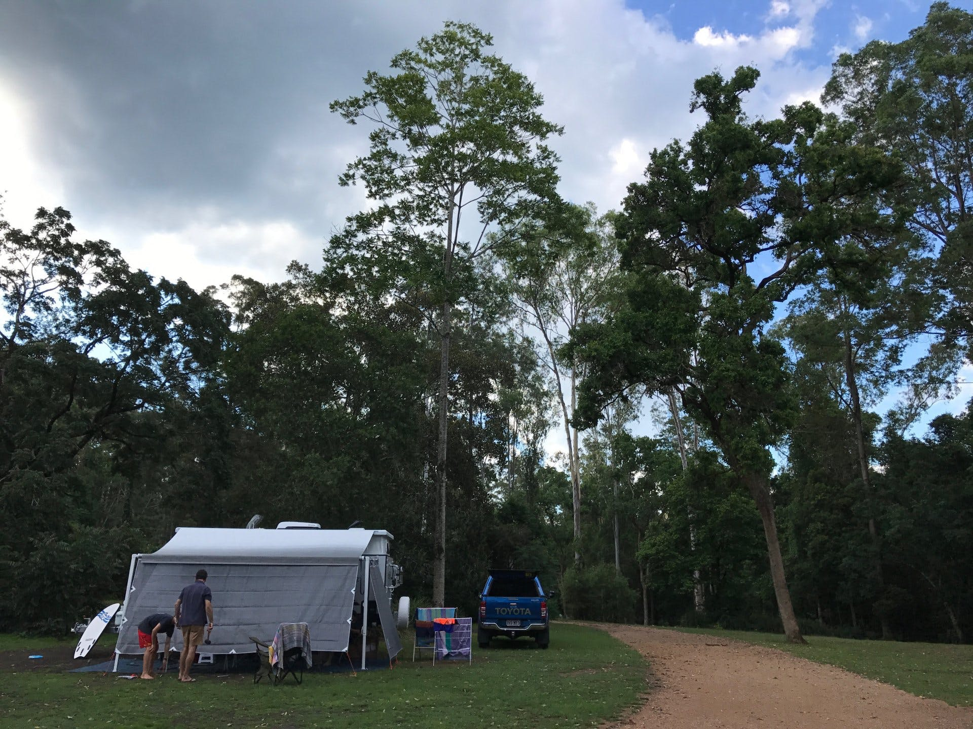 Setting up camp at Charlie Moreland Campground, QLD site 248 in Camps 10.