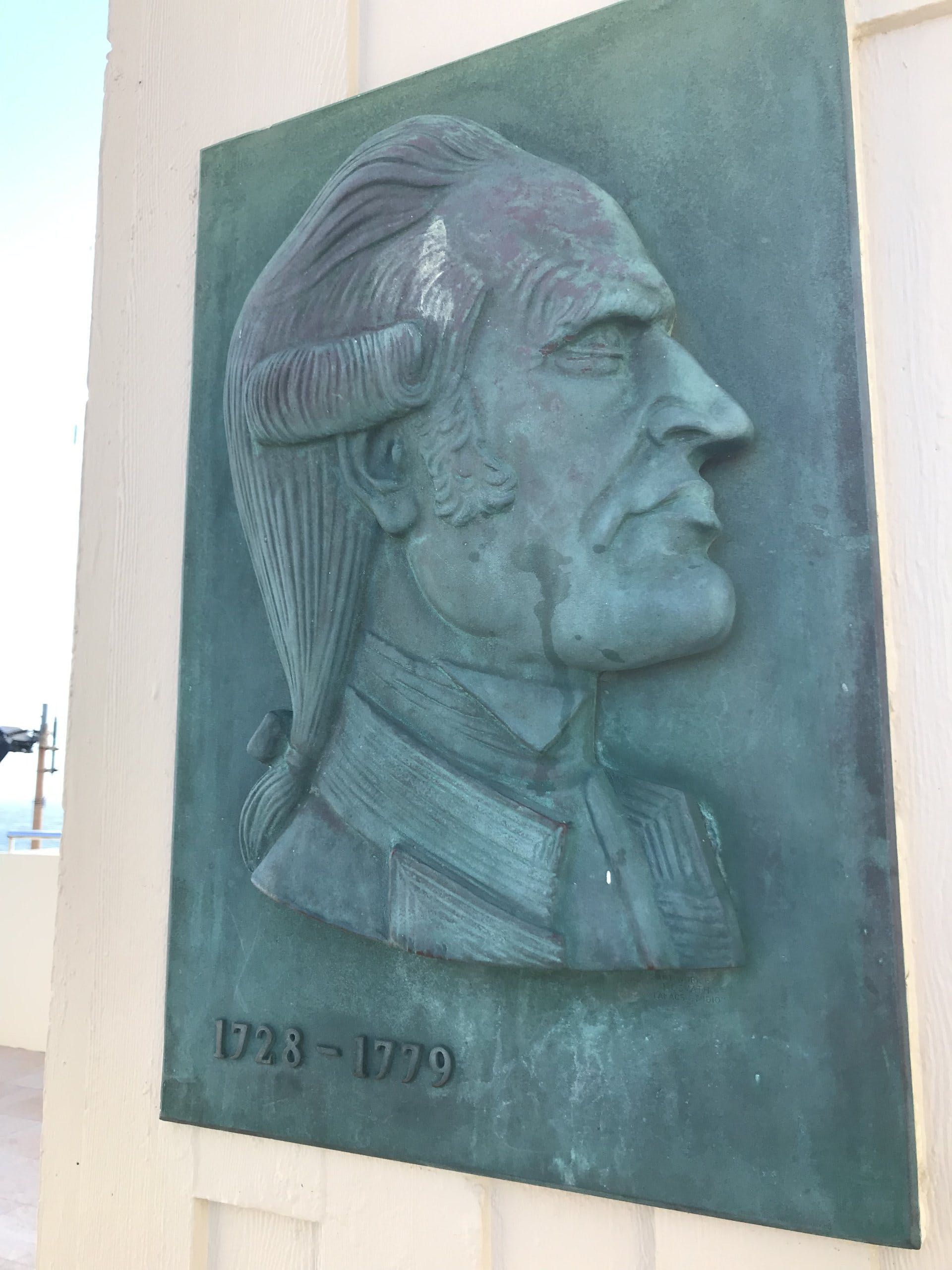 Tweed Heads - Captain Cook Memorial Lighthouse Plaque