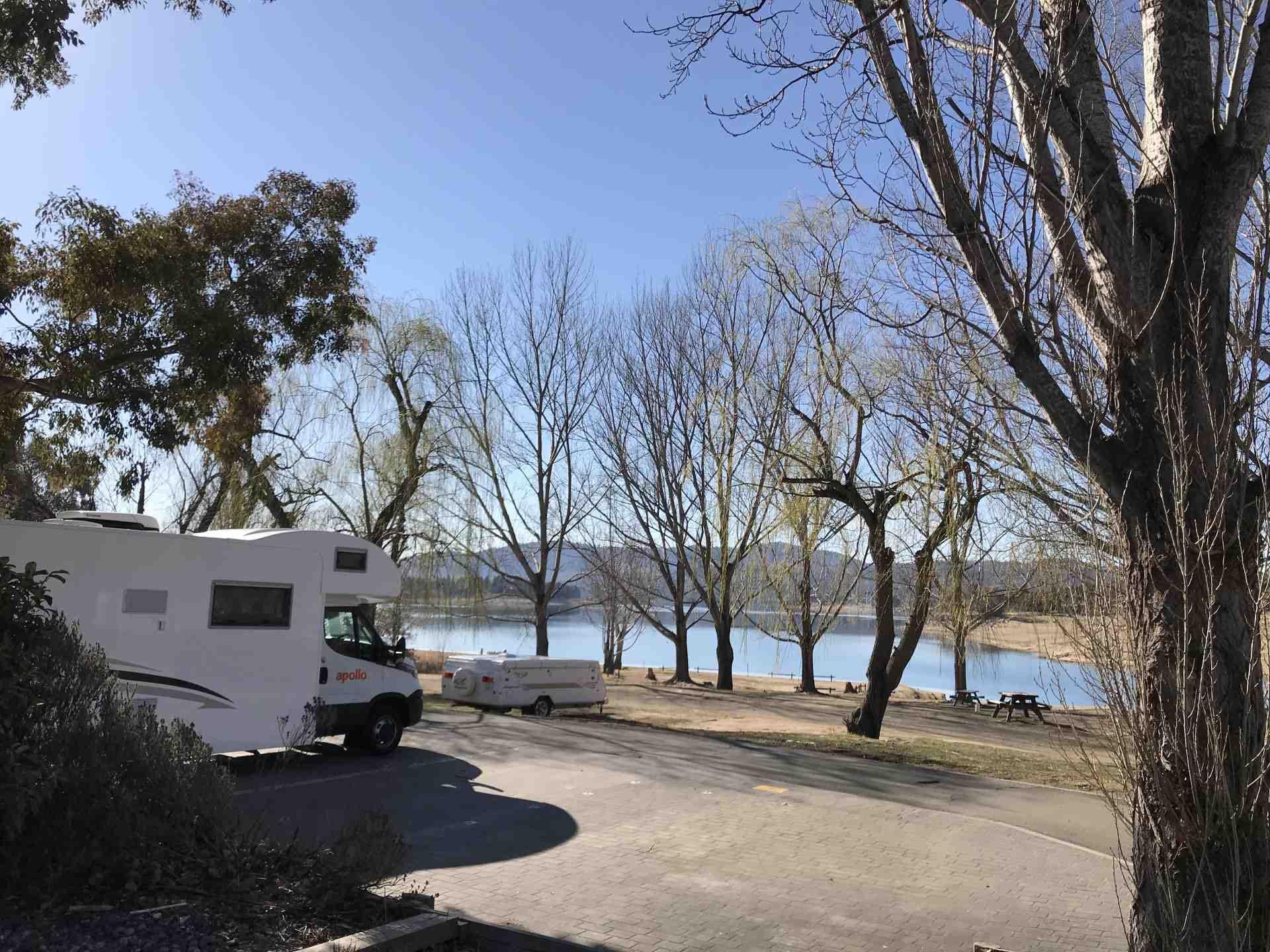 NSW - Caravan Parks Border Lake Jindabyne