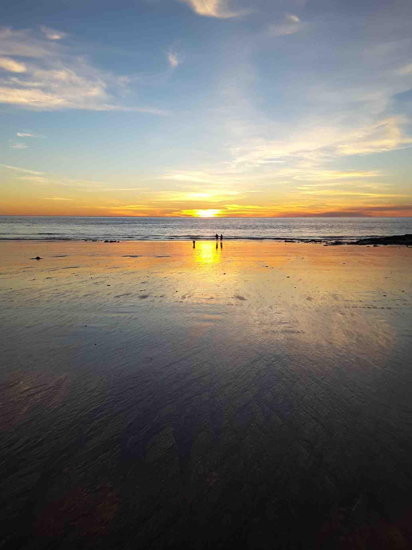 80 Mile Beach - Sunny Afternoon- image credit Stella Macklin