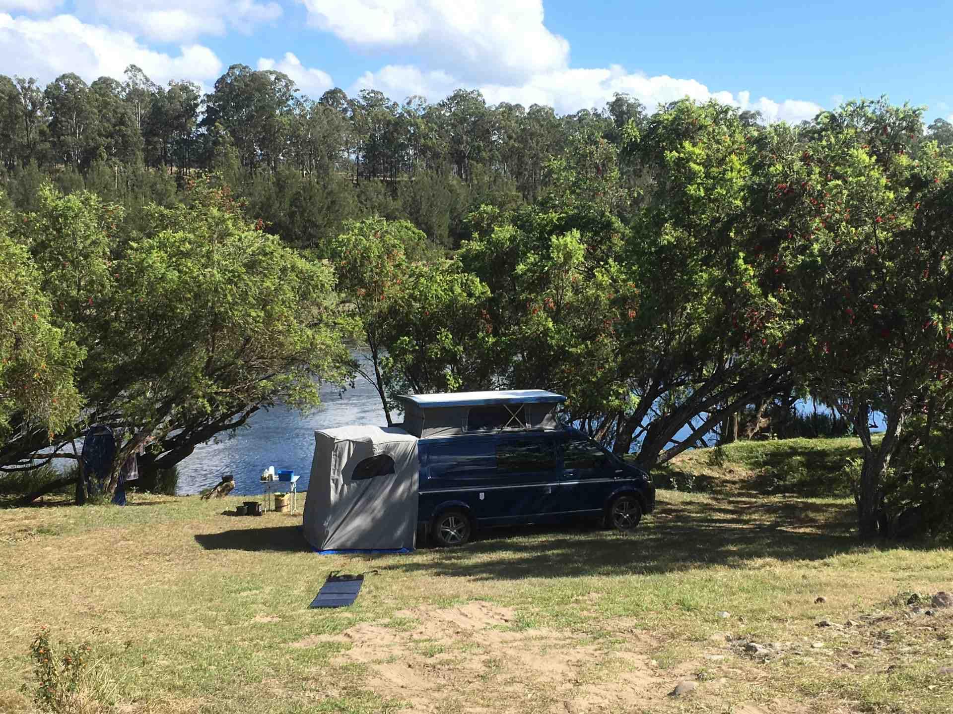 """""""Hanging Rock """"Jackadgery NSW"""